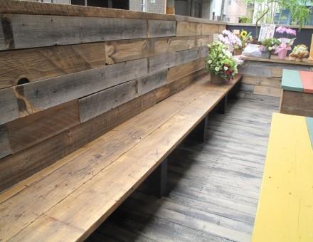 テラスベンチ(サンディング加工+クリア塗装)Cafe Rico (L)4000の1枚モノを使用