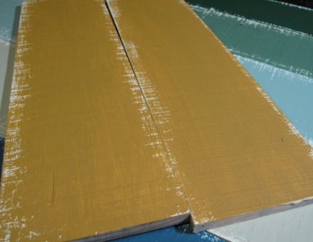 1309 Antique Yellow 古色といわれる4ケタ品番