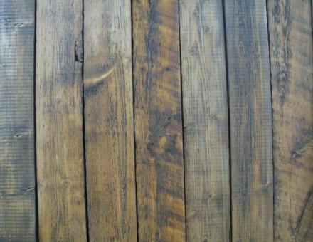 不燃古材Fence Woodの表面をサンディング加工後にクリア塗装仕上 (国土交通大臣認定 不燃材料認定番号 NM-0750)