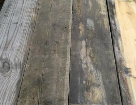 (W)200の定尺古材は需要が多い 風化の具合で表情は様々!
