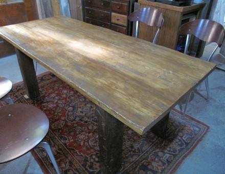 テーブルトップに2x材(厚さ38mm)