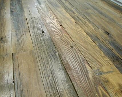 床用としてプレーナー加工、幅を揃えてワックス仕上