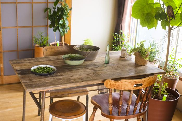 古材のテーブルの特徴と選び方