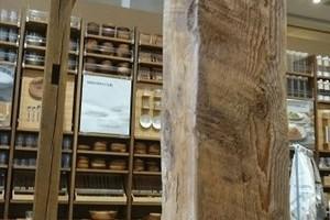 150角フラットビーム、サンディング加工、無塗装 (MUJI 神戸バル店)