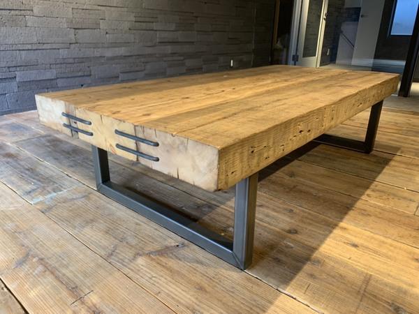 こんなローテーブルは見たことがない!プレミアム古材!!サムネイル