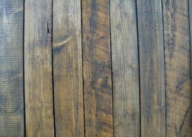 古材は加工、塗装によって様々な表情に変化