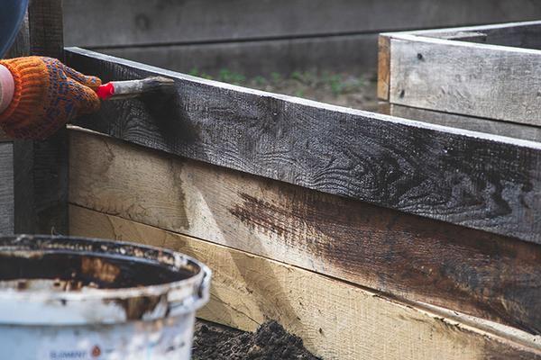 日光焼け古材風にリメイク!木材加工の簡単手順をご紹介!サムネイル
